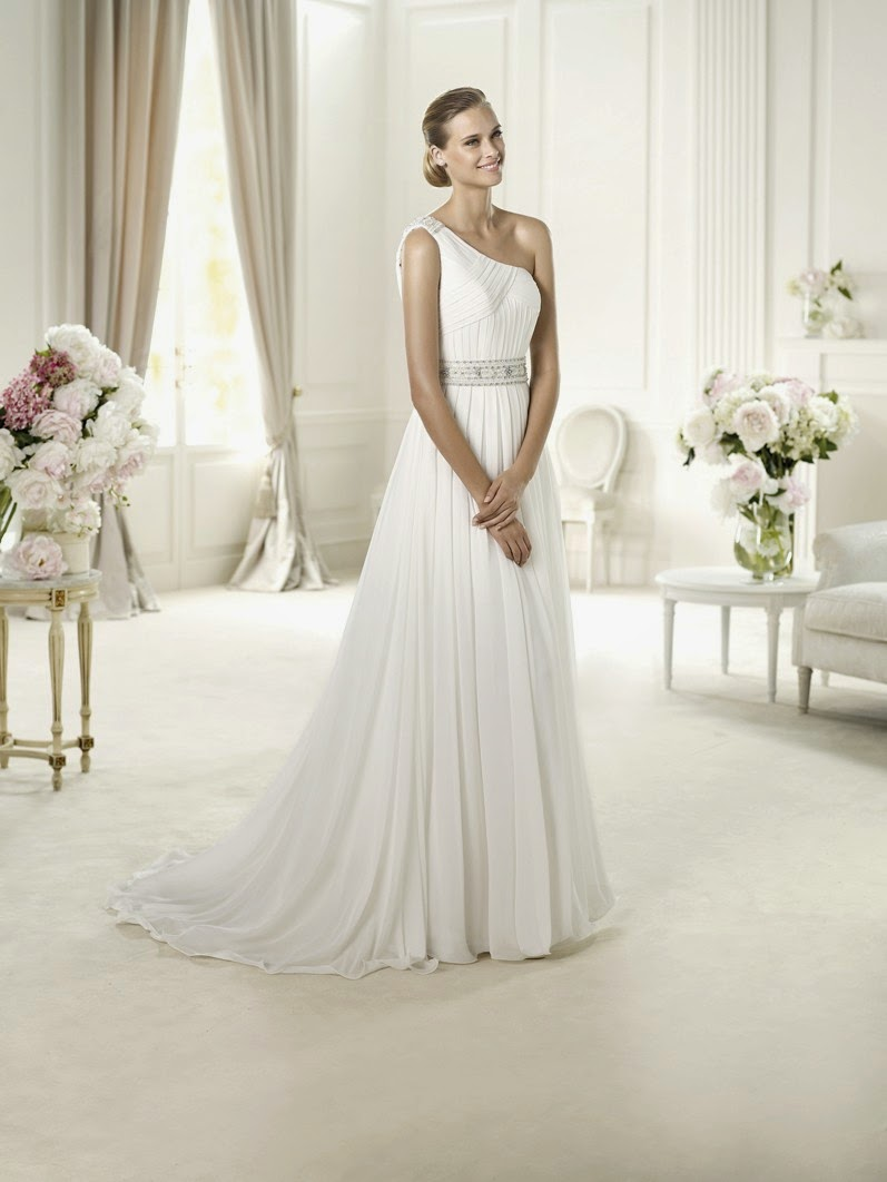 A princess bride couture bridal salon pronovias sample for A princess bride couture bridal salon