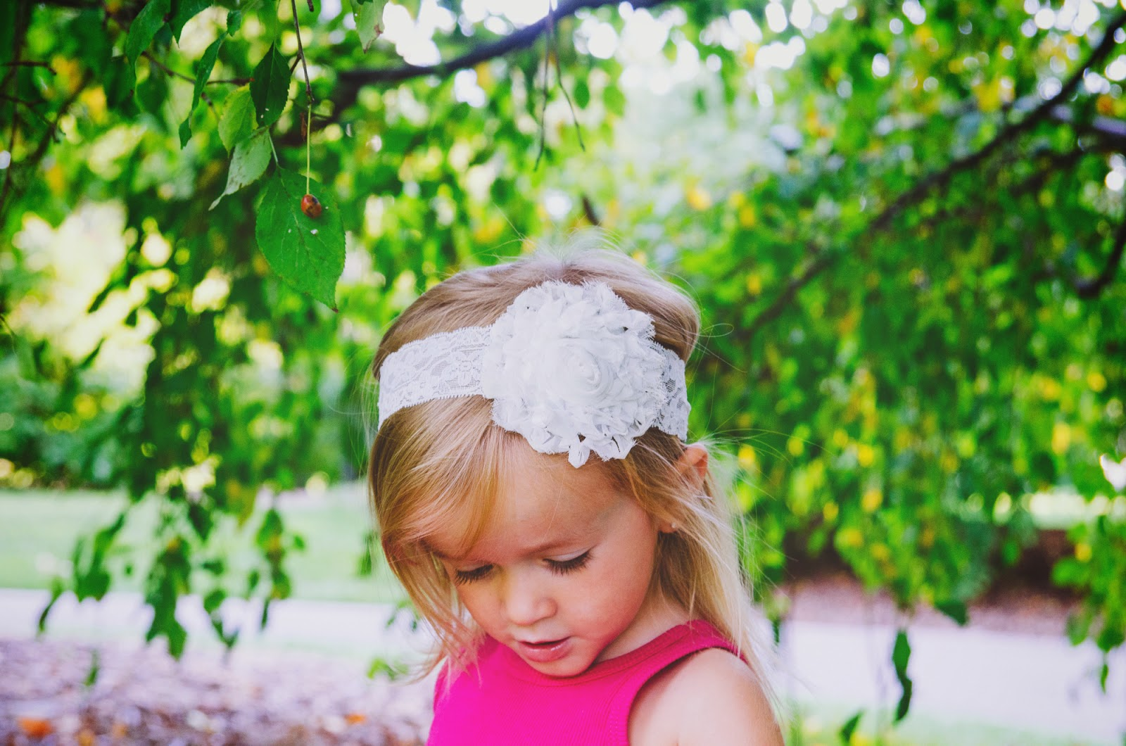 girl in lace headband family Photographer near carmel indiana
