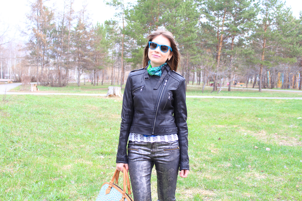 Outfit, LIVE 2013, Zara, Tanners Avenue, Ray-Ban, Sunglasses, Trousers, Pants, Jeffrey Campbell, Desmond, Boots, Shoes, Scarf, Nucelle, Bag, Snake Print, Leather Jacket, Jacket