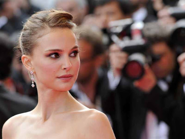 Natalie Portman have a beautiful face