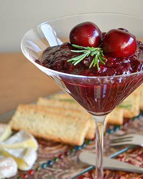 Geleia pedaçuda de frutas vermelhas com especiarias e vinho do Porto