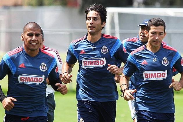 El delantero regiomontano no ha podido mostrarse al máximo con Chivas.