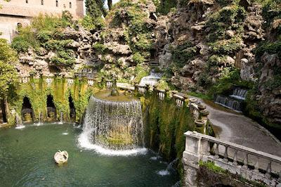 Empat Taman Paling Menakjubkan di Dunia