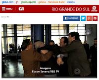 http://g1.globo.com/rs/rio-grande-do-sul/noticia/2015/07/prefeito-de-uruguaiana-se-envolve-em-briga-antes-de-visita-de-ministro-video.html