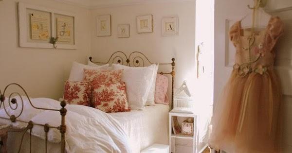 Dormitorio para chica estilo rom ntico dormitorios con - Camas estilo romantico ...