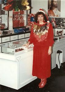 Loly Señaris en su tienda en la Boyera.