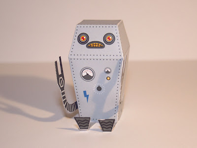 Robo VISITCARD Paper Toy