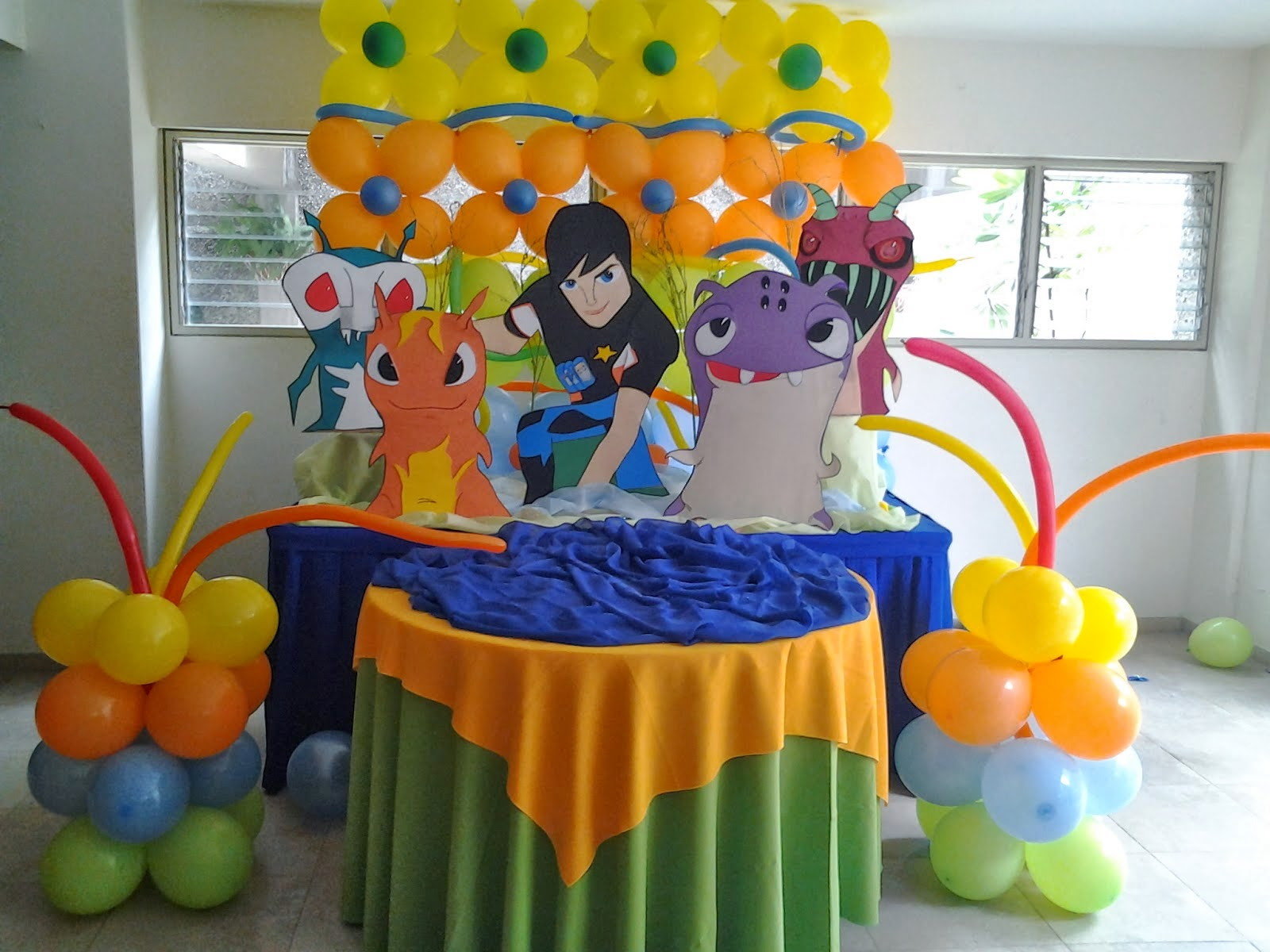 Fiestas infantiles decoradas con bajoterra for Ver decoraciones