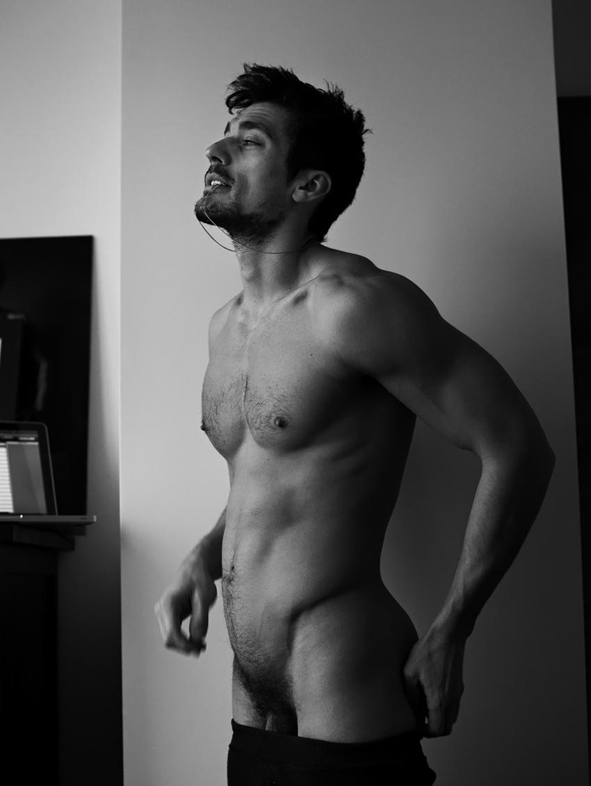 Самые красивые голые мужчины мира фото 12 фотография