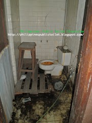 Public Toilet: Manila Metropolitan Theater