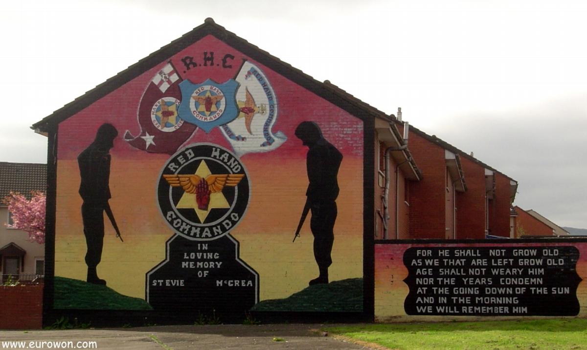 Mural unionista en el barrio protestante de Belfast