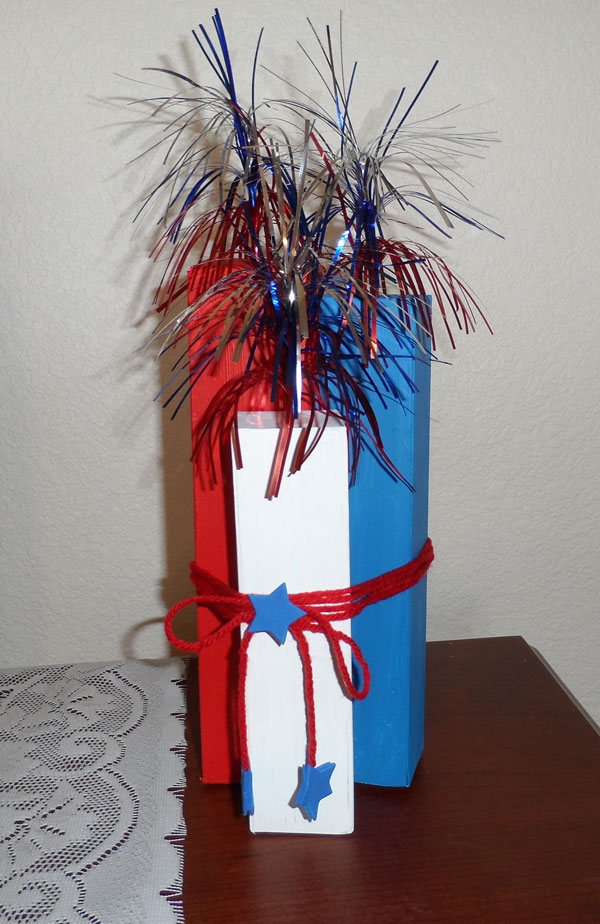 Toothpaste Box Firecrackers DIY | 20 Crafts for the 4th of July - Independence Day DIYs | directorjewels.com