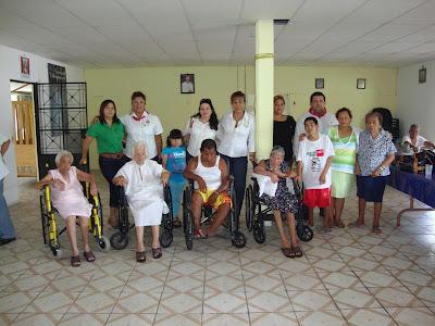 Rotary tabasco d4200 visita asilo de ancianos san judas tadeo for Asilos para ancianos
