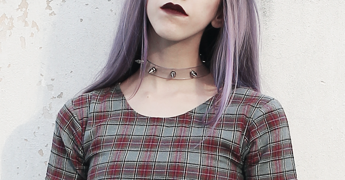 plaid-dress-choker
