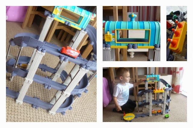Yorkshire Mum, Parent Blog, Mummy Blogging, Chuggington, Review, Train, Stack Track,