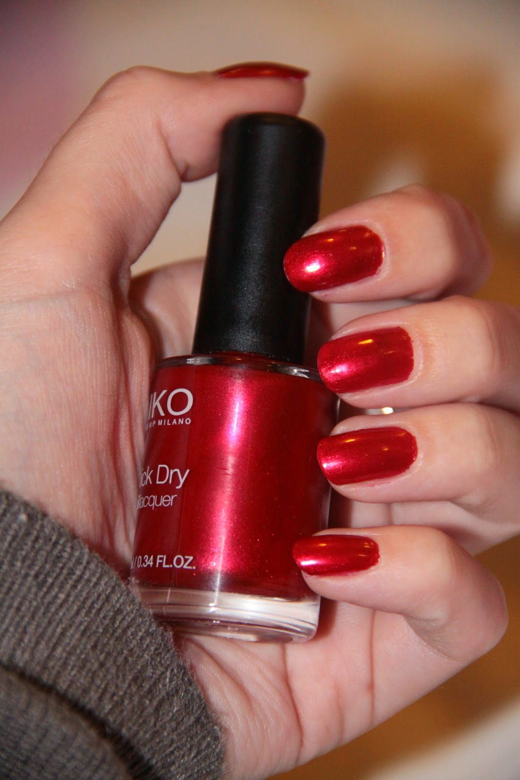Vernis rouge Kiko, Quick Dry, 846 Metallic Red