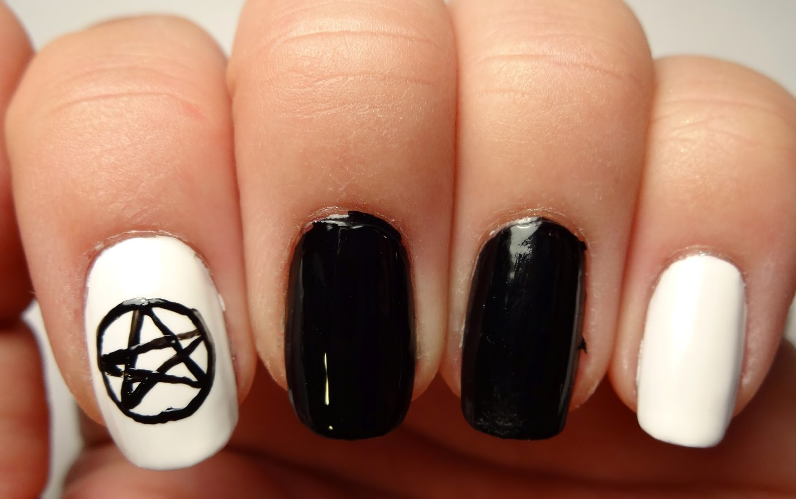 Pentagram Nail