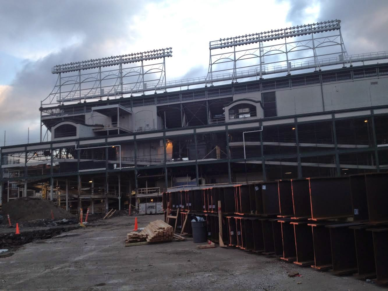 Wrigley Field Reno in Wrigleyville neighborhood