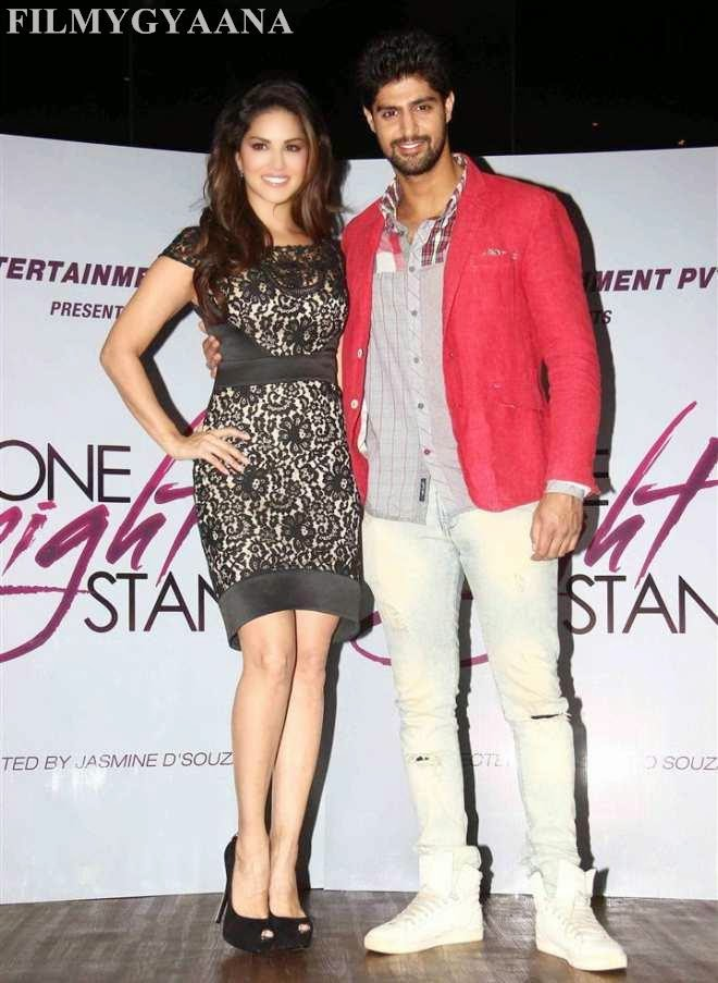 hot pictures of sunny leone