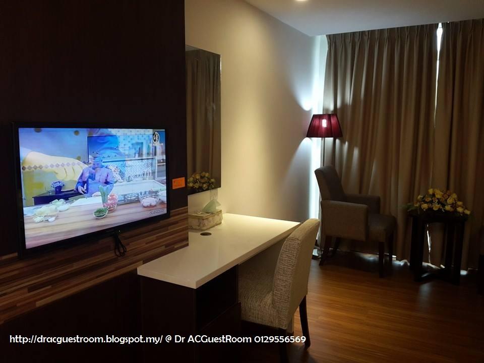 TV LCD ASTRO & Free WIFI