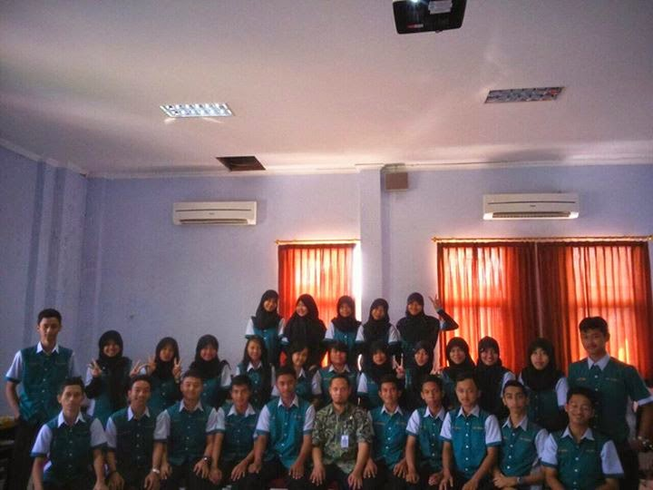 TKJ SMK Negeri 1 Purwokerto Berbenah untuk Akrediasi bersama angkatan 2012