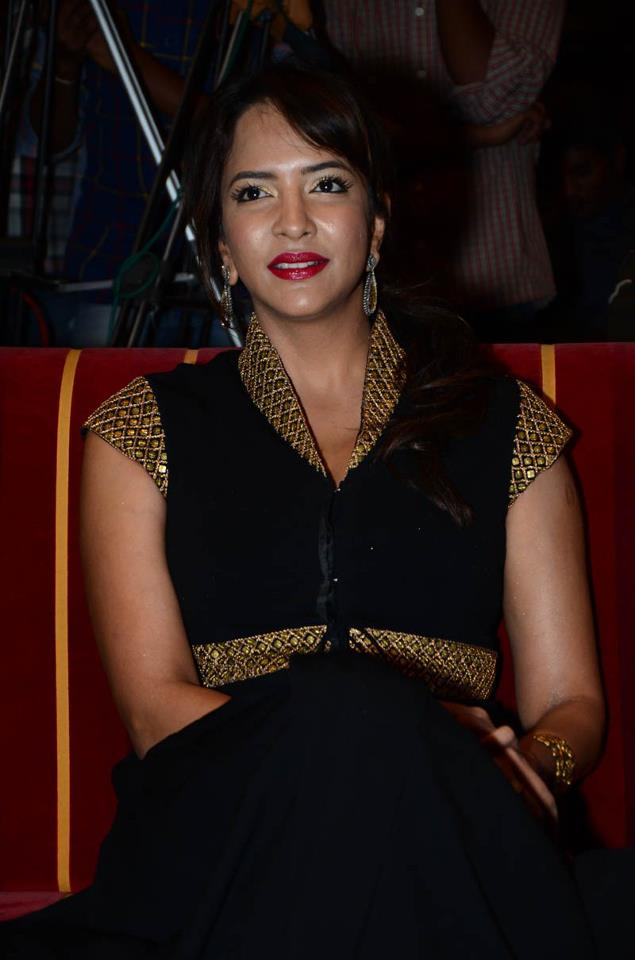 Lakshmi Prasanna clevage