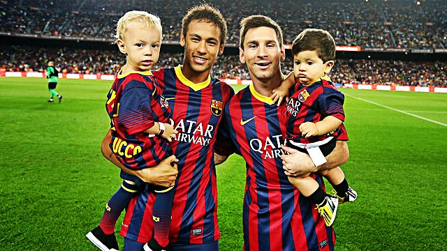 Messi vs Neymar - Why Cruyff is the only one Smiling?