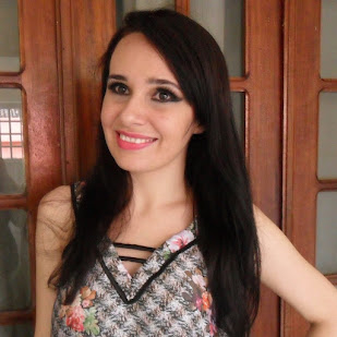 Thaís Almeida