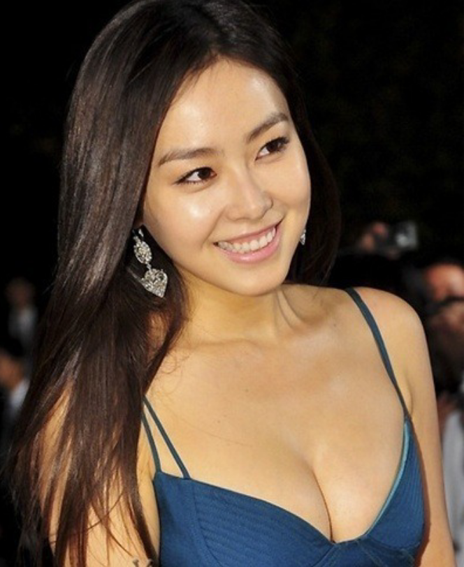 46th Annual Daejong Film Festival Awards - Hong Su Hyeon (홍수현)