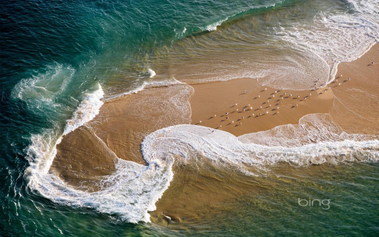 http://4.bp.blogspot.com/-8RxsWHdcA5U/TdpCdNriUzI/AAAAAAAAAko/ZBPnn9ag5Qo/s1600/Bing+Beach.jpg