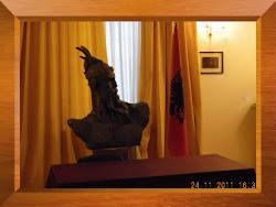 Presentazione all'Ambasciata d'Albania in Itala da parte dell'Ambasciatore Kola e di Luigi Nitido