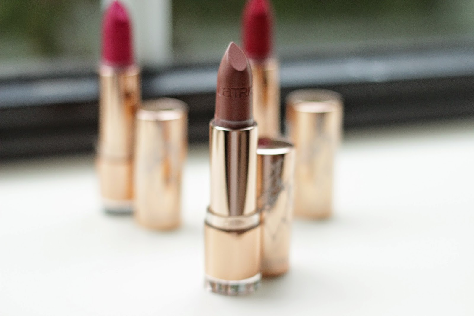 catrice metallure metalight lipstick review swatches