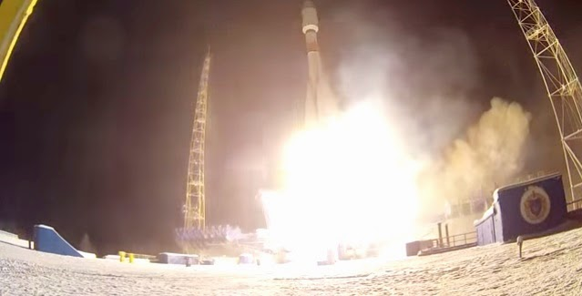 Soyuz-2.1b launch with Lotos-S satellite on Dec. 25, 2014. Credit: Russian Ministry of Defense