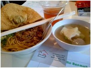 wisata Kuliner Mie Roemah Bandung