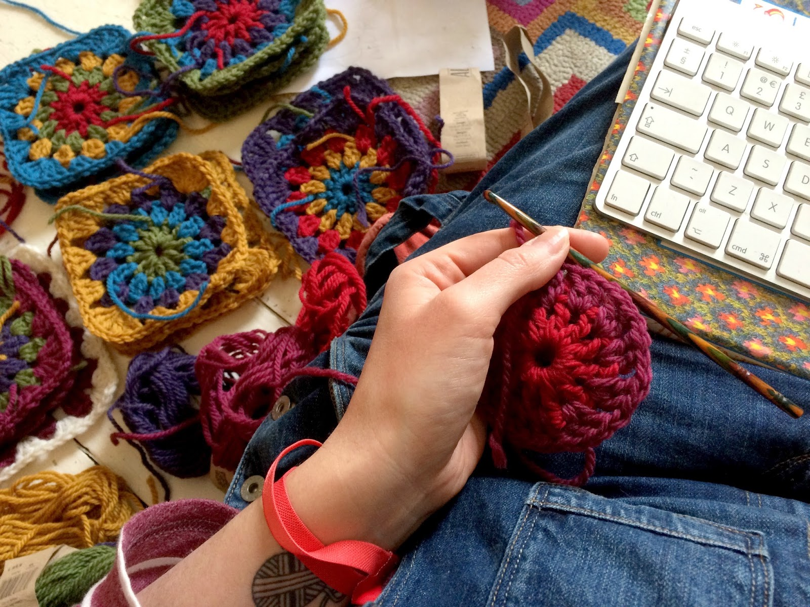 how to design a crochet granny blanket