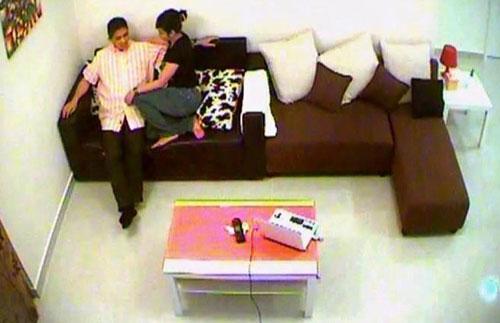 PANAS: Blog misteri dedah skandal Azmin.....!!