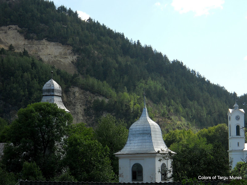 Churches Roșia Montană