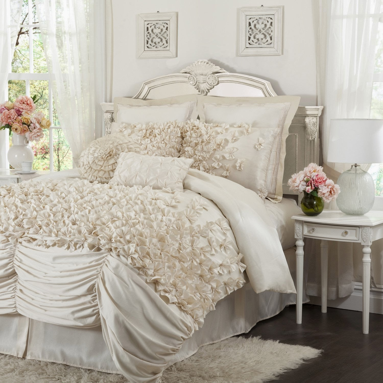 Buy best and beautiful bedding sets on sale victorian bedding bedding collections for Beautiful bedroom comforter sets