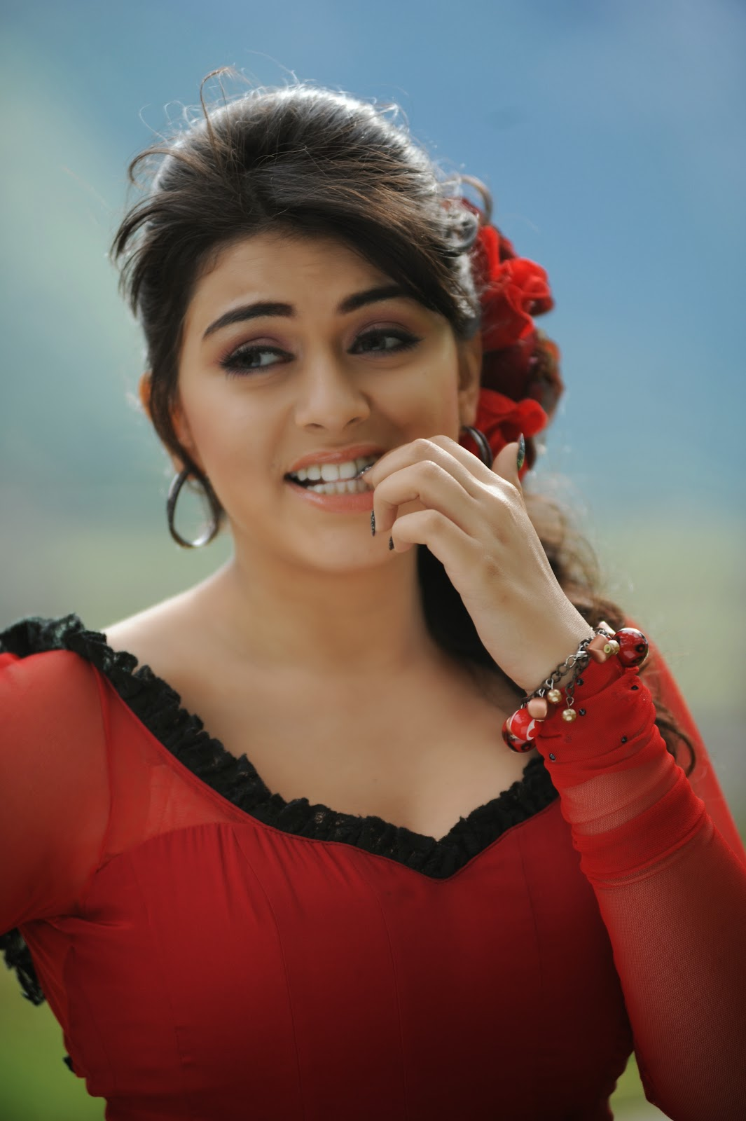 hansika cute stills | e2h | entertainment