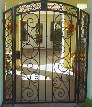 The home with an iron door - Interior decorative wrought iron gates ...