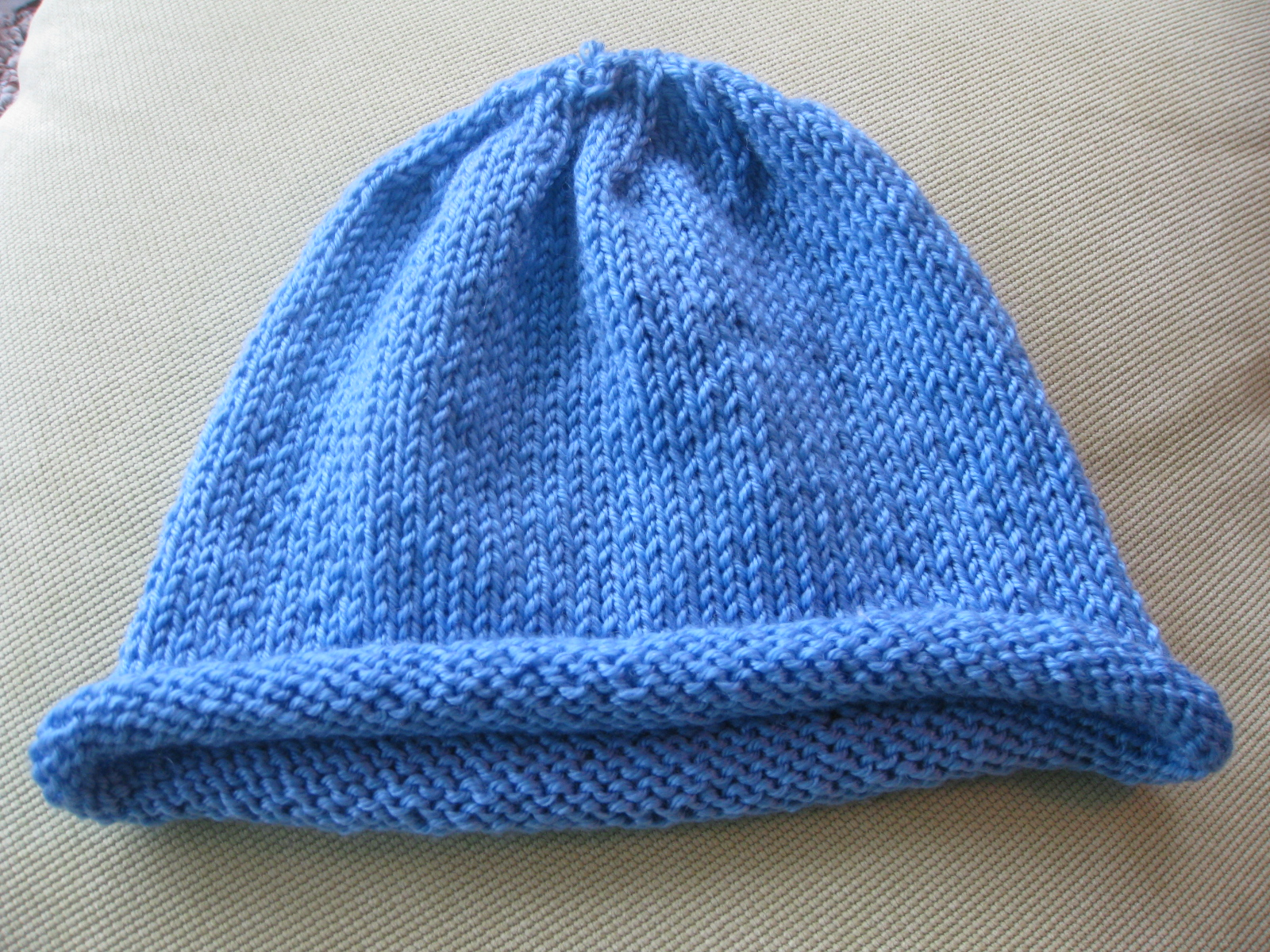 Easy Knit Hat Pattern Circular Needles : Pieced Brain: Knitted Hat