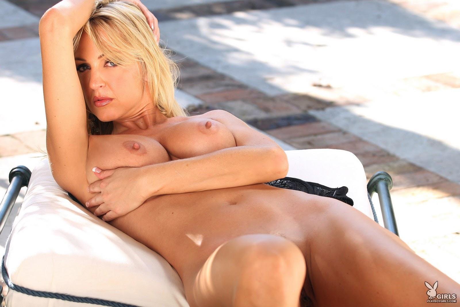 Erotic wife photo shoot stories