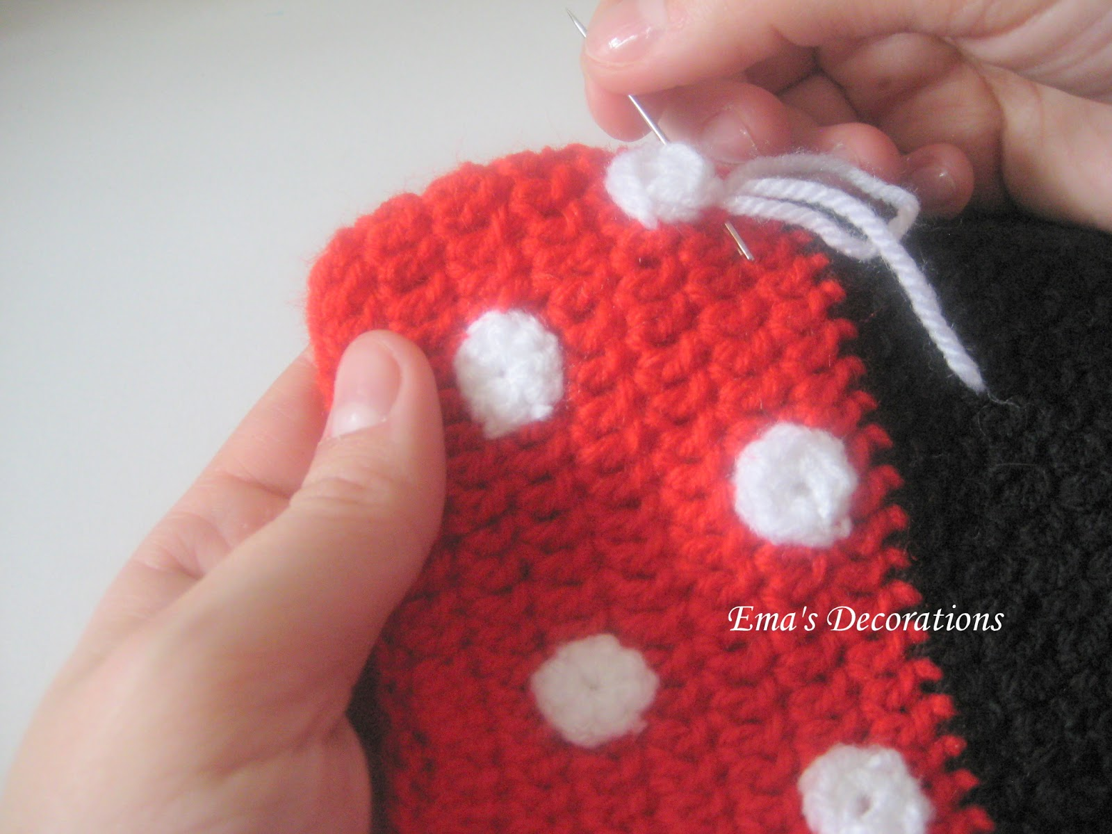 Free Crochet Pattern Minnie Mouse Purse ~ manet for .