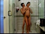 Fudendo a Tori Black no chuveiro