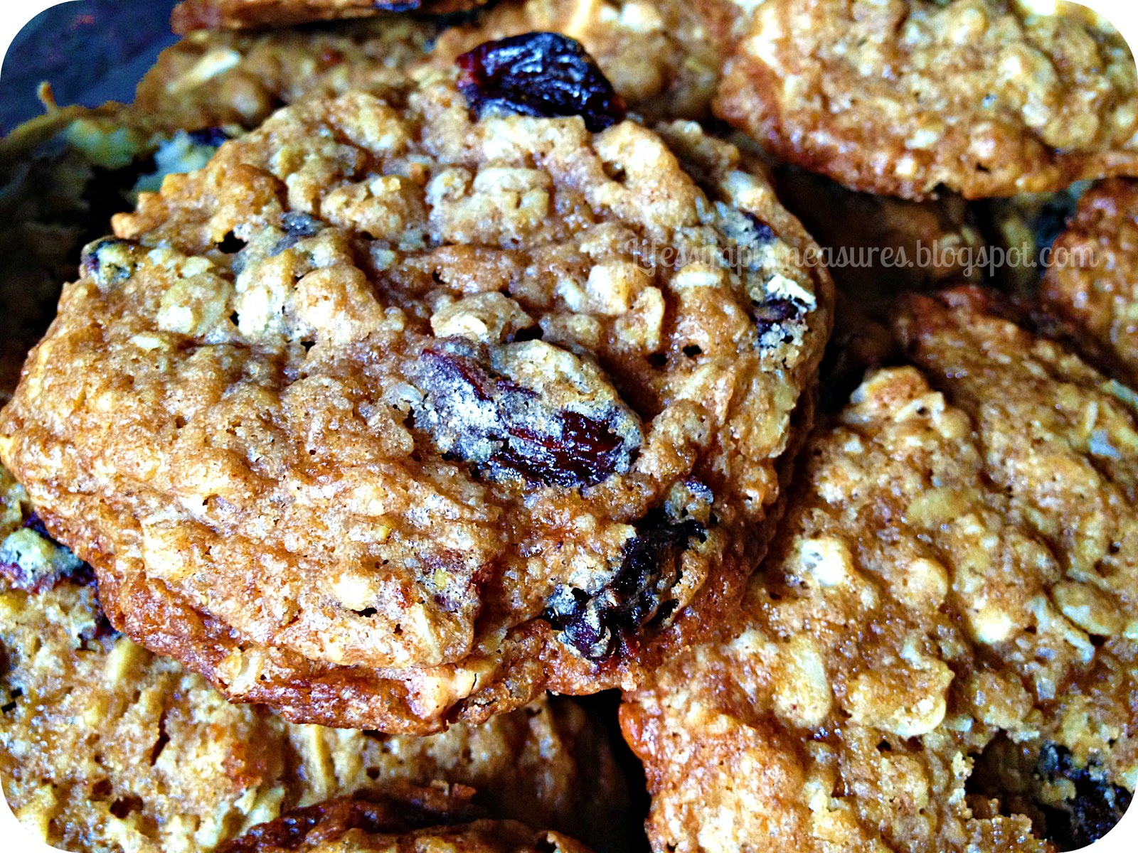 Life's Simple Measures: White Chocolate Cherry Oatmeal Cookies