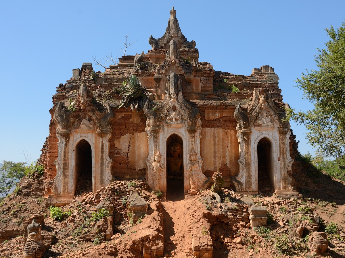 Temple at Shwe Indein Pagoda