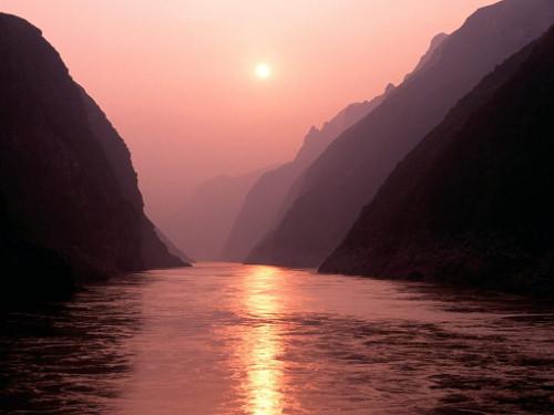 Yang Tze, ou Chang Jiang, um dos maiores rios da China e cenário de batalhas épicas na antiguidade