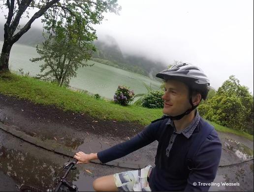 mountain biking furnas