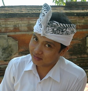 Udeng, male headband