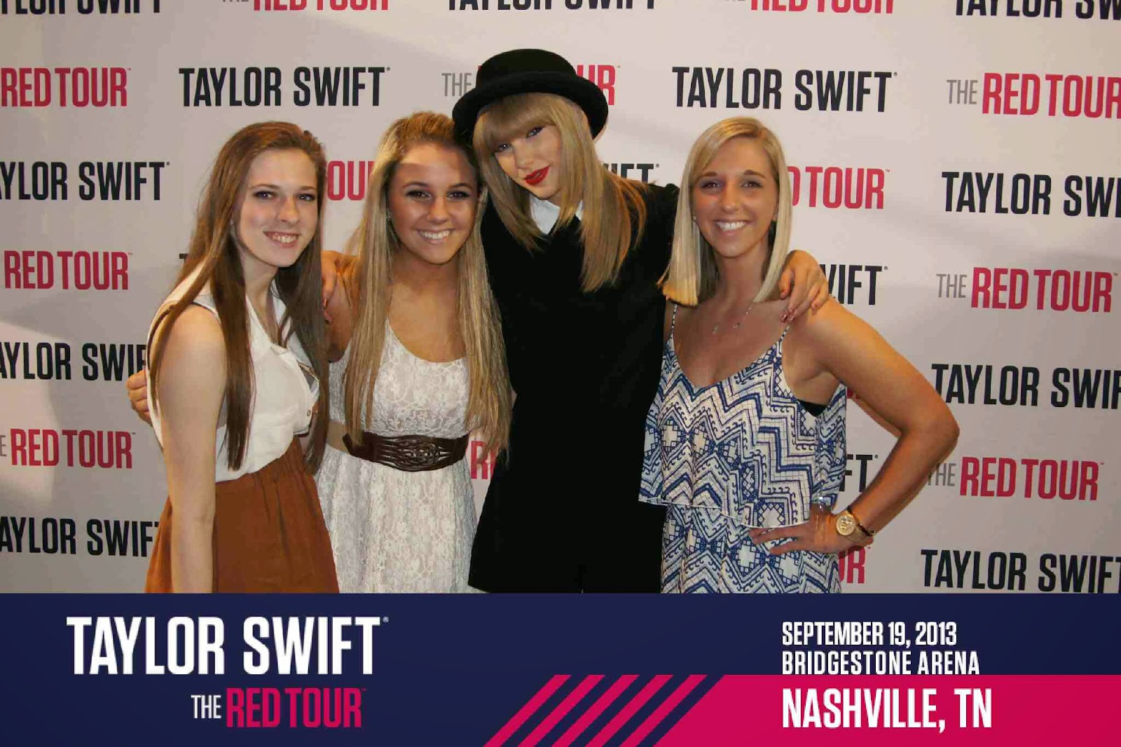 Taylor swift meet and greet picturesrst class m4hsunfo